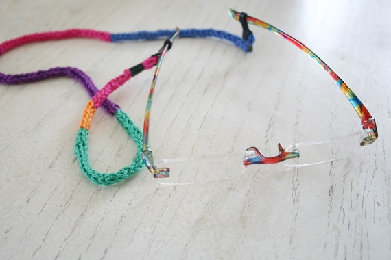 Eyeglass I-Cord (free crochet pattern) by Susan Carlson of Felted Button
