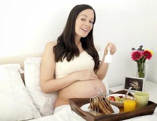 ngidam saat hamil itu mitos atau fakta