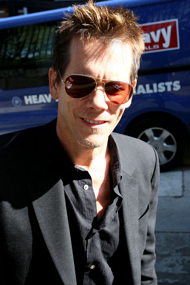 Dead Girl Wallpaper Kevin Bacon Photos Tv Series Posters And Cast