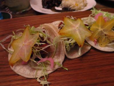 Piedra Negra, shrimp tacos starfruit
