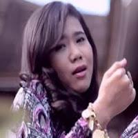 Lirik Lagu Minang Rayola - Basuruik Langkah
