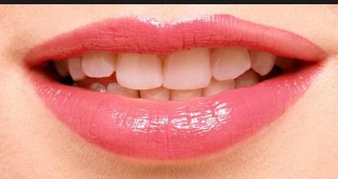 Scrub Bibir Alami Untuk Atasi Masalah Bibir