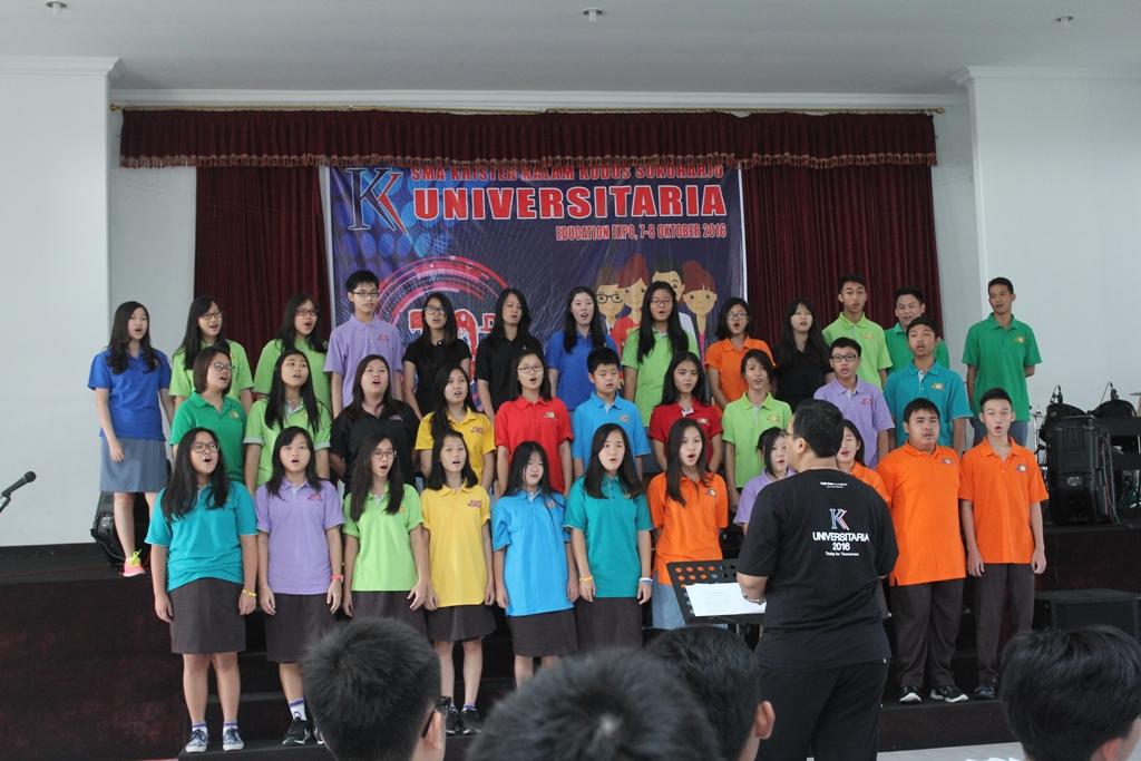 Universitaria SMA Kristen Kalam Kudus Sukoharjo 2016