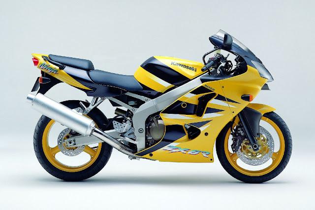Kawasaki Ninja ZX-6R Japanese sports motorbike