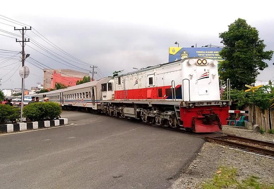 Jadwal kereta Api Medan Rantau Prapat Terbaru 2018  Roman