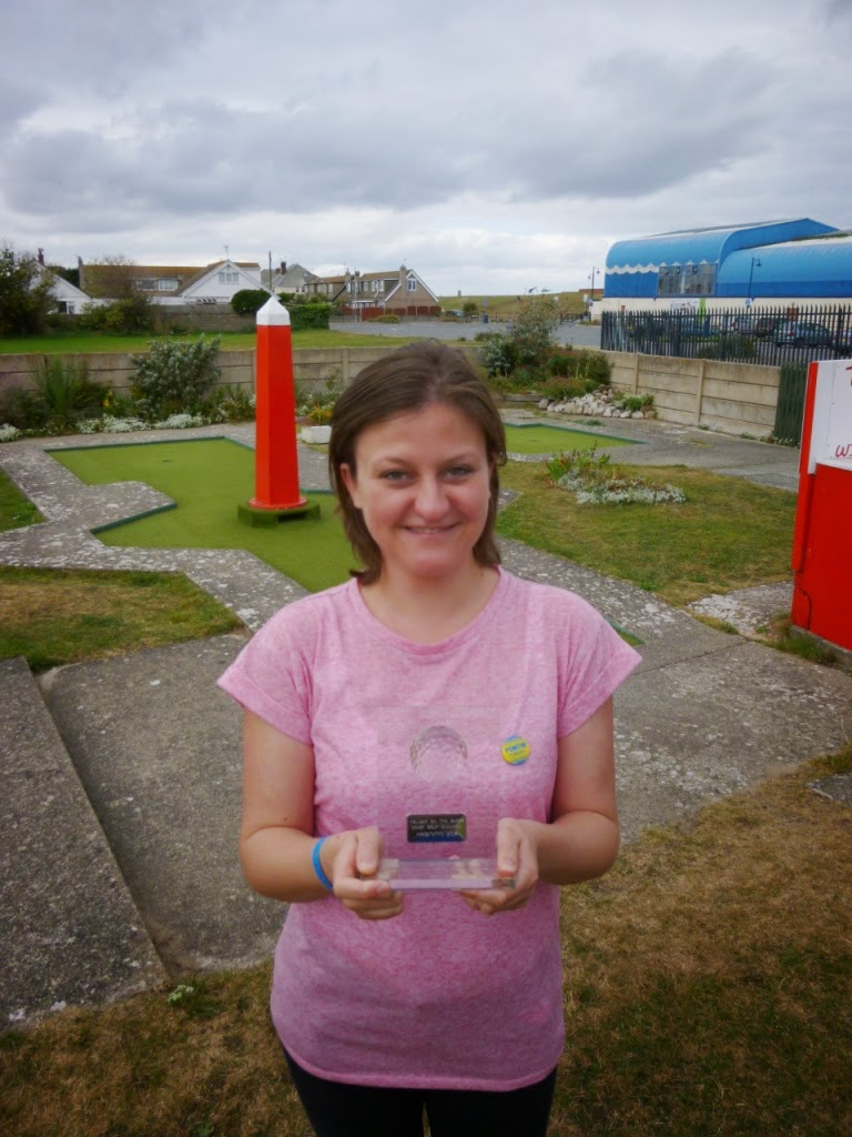 Emily Gottfried - Holiday on the Buses Crazy Golf Pro Champion 2014