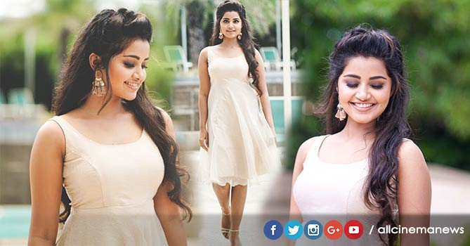 Anupama Parameswaran Hot Photo Shoot
