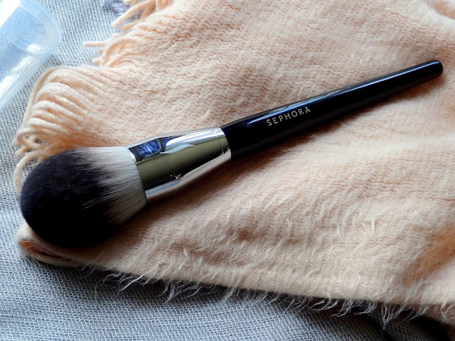 Sephora PRO Featherweight Powder Brush #91