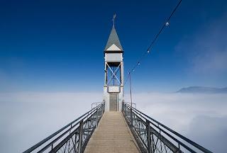 10 Lift Paling Unik Di Dunia