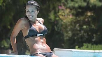 μεγάλο πέος ιταλικό τραβεστί γυναίκα πιπίλισμα ένα μεγάλο καβλί