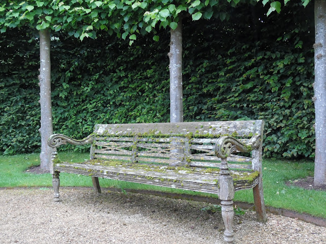 stara, drewniana ławka