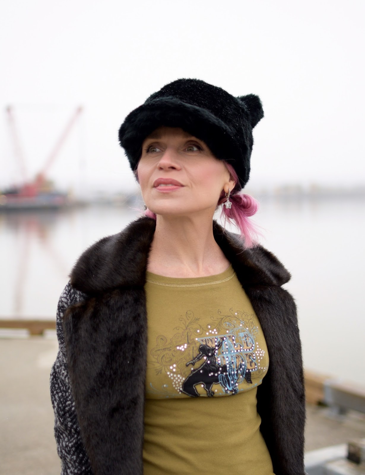 Monika Faulkner outfit inspiration - fur-collared coat, graphic t-shirt, Kate Spade hat with ears