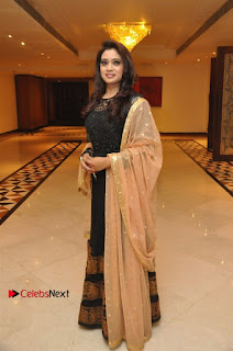 South Indian Celebrities Pos at Love For Handloom Collection Fashion Show  0003.jpg