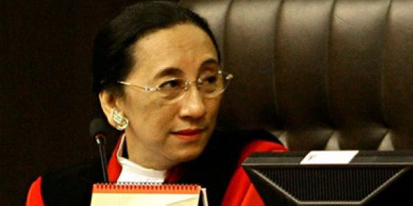 Hakim MK : Jika Saya Katakan Mari Kembali ke Negara Serikat, Apakah Itu Makar?
