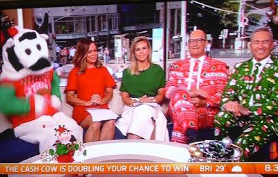 Elegantes presentadores de TV Darwin