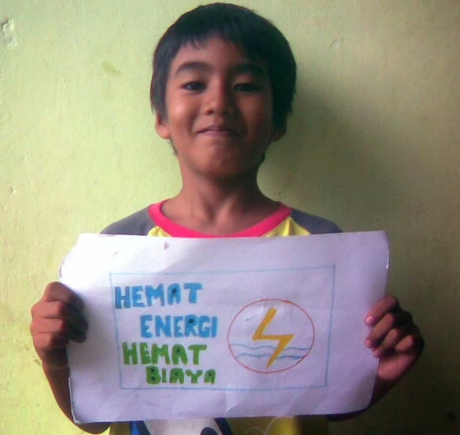 Bimbel Matahari Dunia Membuat Poster Hemat Energi