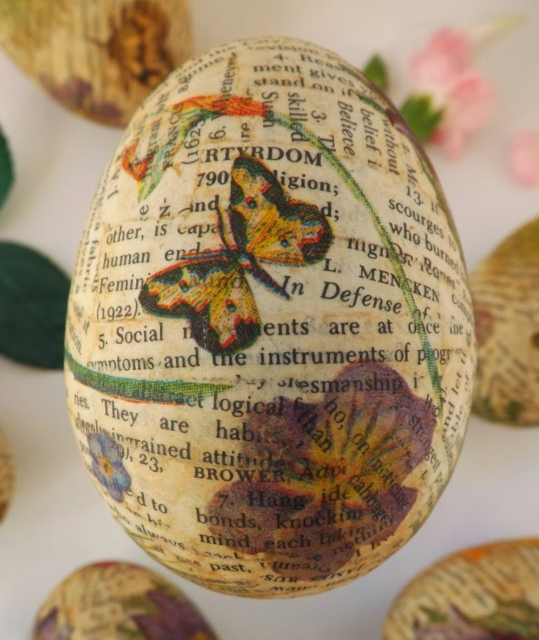 http://sewforsoul.blogspot.co.uk/2014/01/plastic-eggs-napkin-decoupage.html