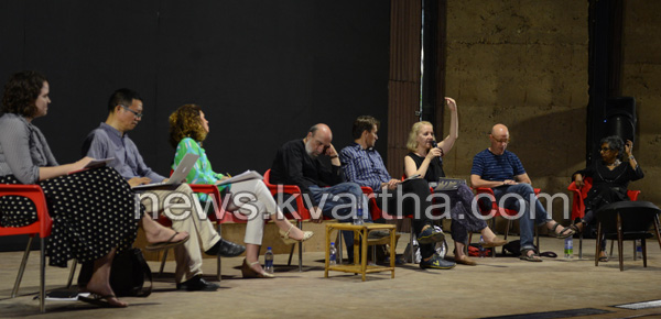 KMB 2016: Biennale poets discuss the barriers and bridges in language