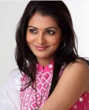 Parvathi Menon hot, movies, age, upcoming movies, charlie, biography, marriage, family photos, images
