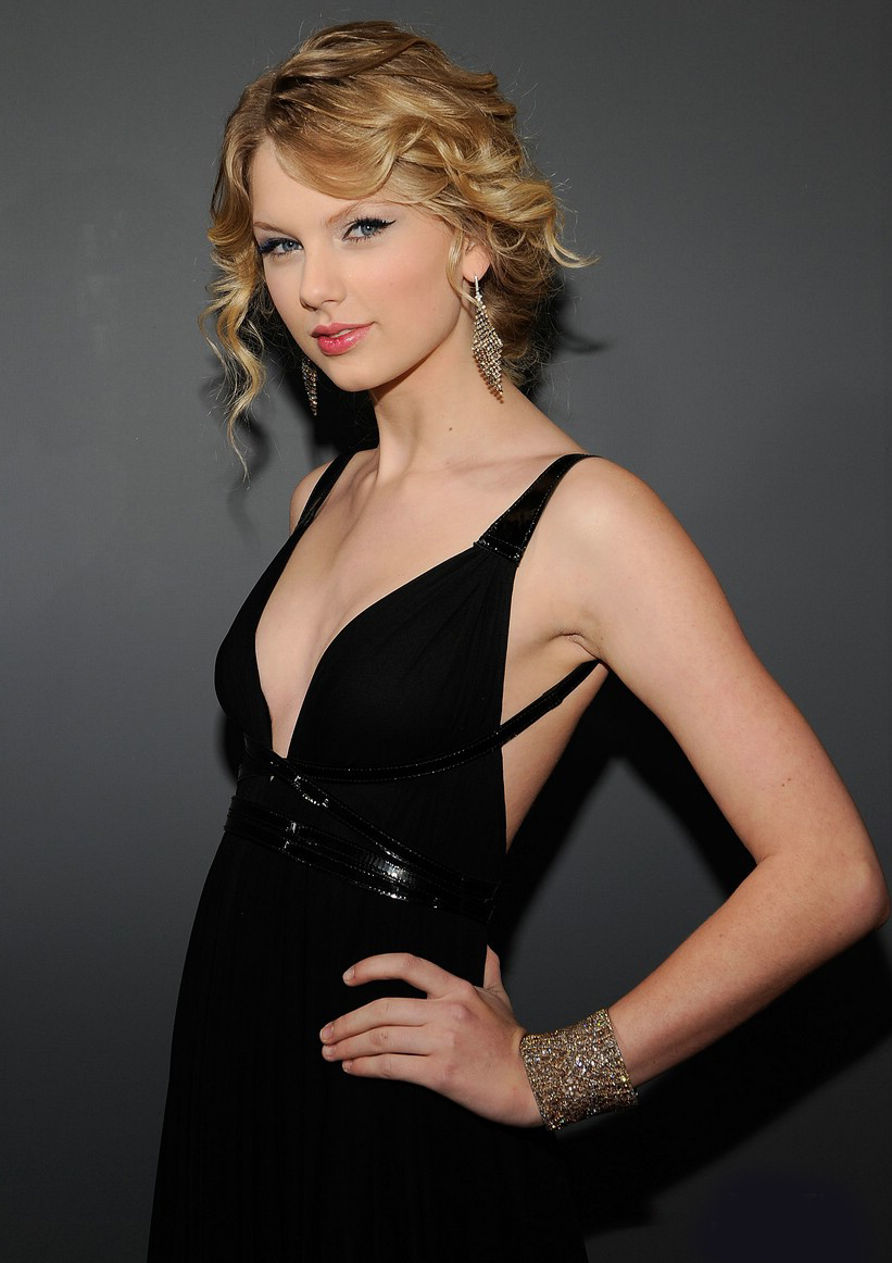 Taylor Swift Inspired Makeup Tutorial: Taylor Swift Beautiful Fresh Hot Images 2013