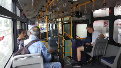 Bus 109 Airport To District 1