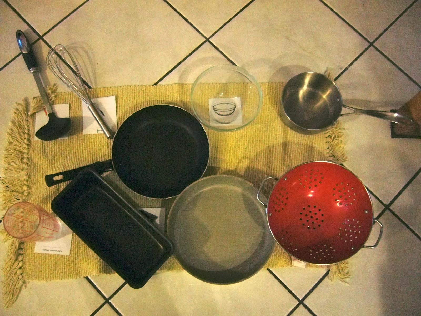 je grandis montessori les ustensiles de cuisine. Black Bedroom Furniture Sets. Home Design Ideas