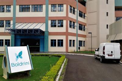 Levamos os presentes para as crianças de todo o Brasil, que se tratam de câncer e doenças do sangue no Centro Infantil Boldrini, um hospital filantrópico de Campinas fundado em 1978.
