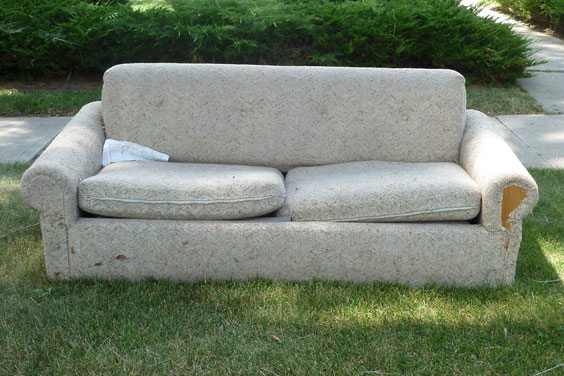 Attrayant Here Are A Few Options On What To Do With Your Old Sofa: A General Website  Packed With Information On How To Responsibly Dispose Of Your Sofa Can Be  Found ...