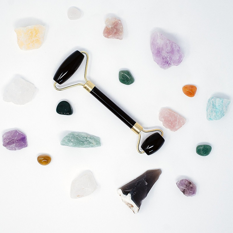 https://www.amazon.com/Peace-Essential-Authentic-Gemstones-Anti-Aging/dp/B078T1QHWZ/ref=as_li_ss_tl?s=beauty&ie=UTF8&qid=1527614962&sr=1-4&keywords=obsidian+facial+roller&th=1&linkCode=ll1&tag=las00-20&linkId=327b74c2d6ce9a84757a7eb55dc04c45