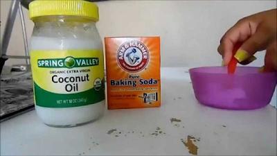 Pourquoi utiliser du bicarbonate de soude + huile de coco sur votre visage
