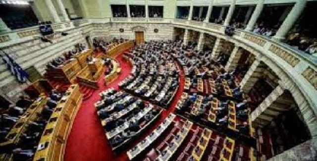 Προς νέο πολιτικό σκηνικό στη χώρα;