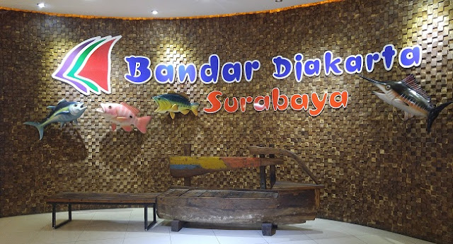 restoran bandar djakarta di kota surabaya