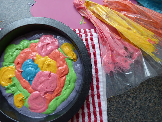 How to make a tye dye raindow cake