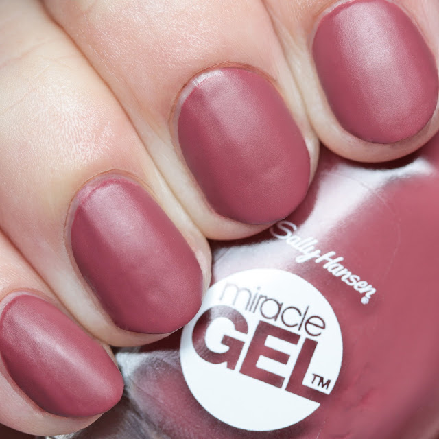 Sally Hansen 496 Beet Pray Love with Miracle Gel Matte Top Coat