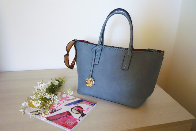 handbag light blu