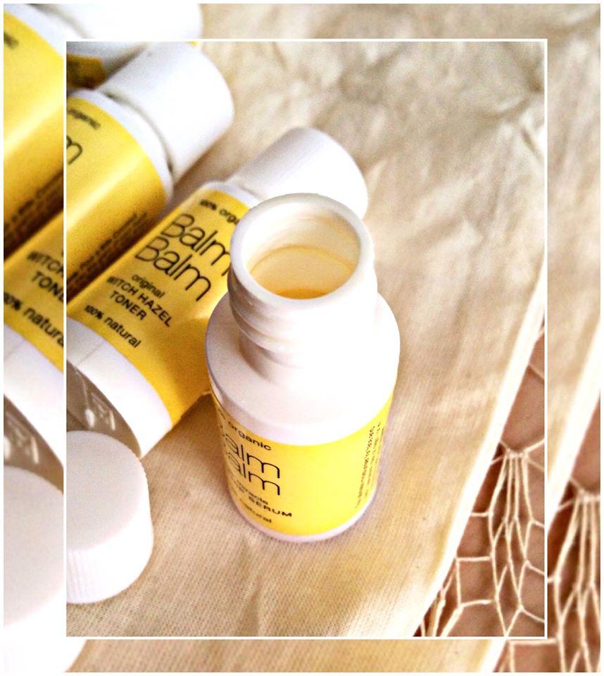 Gli enzymatic che si staccano per problema affrontano la pelle