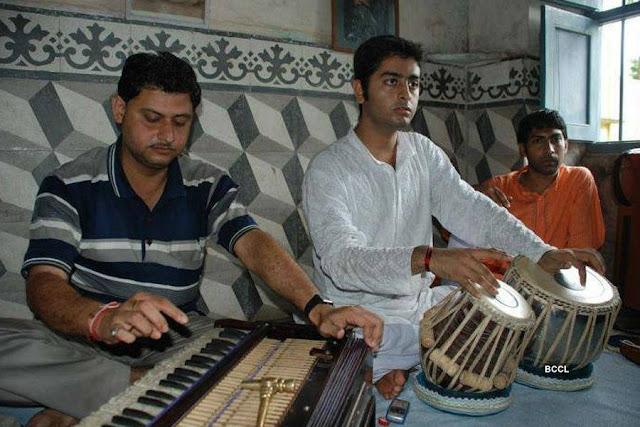 young-arijit-tabla
