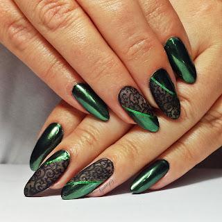 http://snaily-nails.blogspot.com/2017/10/ed-beauty-opalizujacy-pyek-green.html