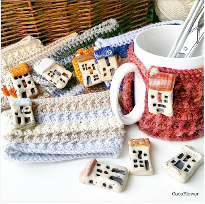 Cozy Mug Coffee Mug Warmer Dark Purple Honey color Artisanal Ceramic button Sweater Tea Sleeve Cover Crochet Wool Ooak