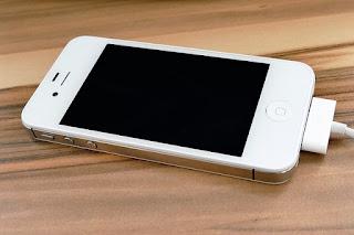 spesifikasi dan review iPhone 4s apple si mungil performa maksimal