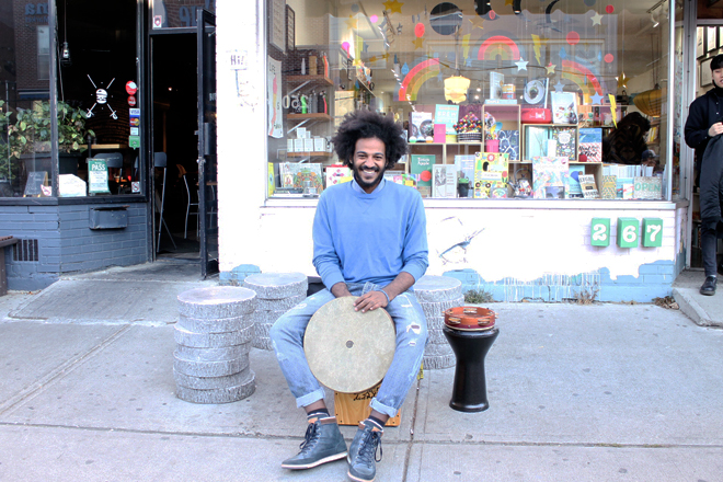 Toronto Kensington Market Street Performer Selftimers Blog