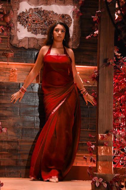Telugu hot actress photos Richa Gangopadhyay navel
