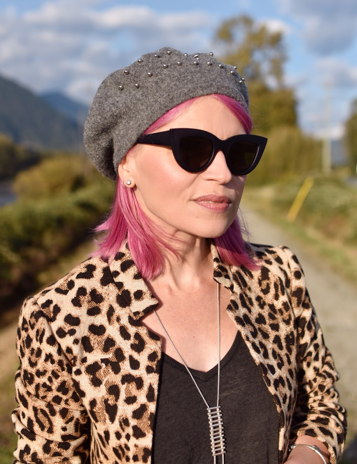 Monika Faulkner outfit inspiration - leopard-patterned coat, beaded beret, cat-eye sunglasses, pink hair
