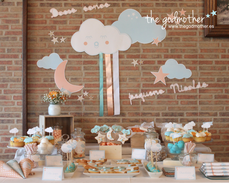 28 ideas para decorar mesas de dulces de todo tipo for Ideas para mesas dulces