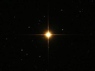 http://2.bp.blogspot.com/-AMMV6rIOeBk/T9a1Itu0pNI/AAAAAAAAAGM/EgY49elmhp0/s320/betelgeuse.jpg