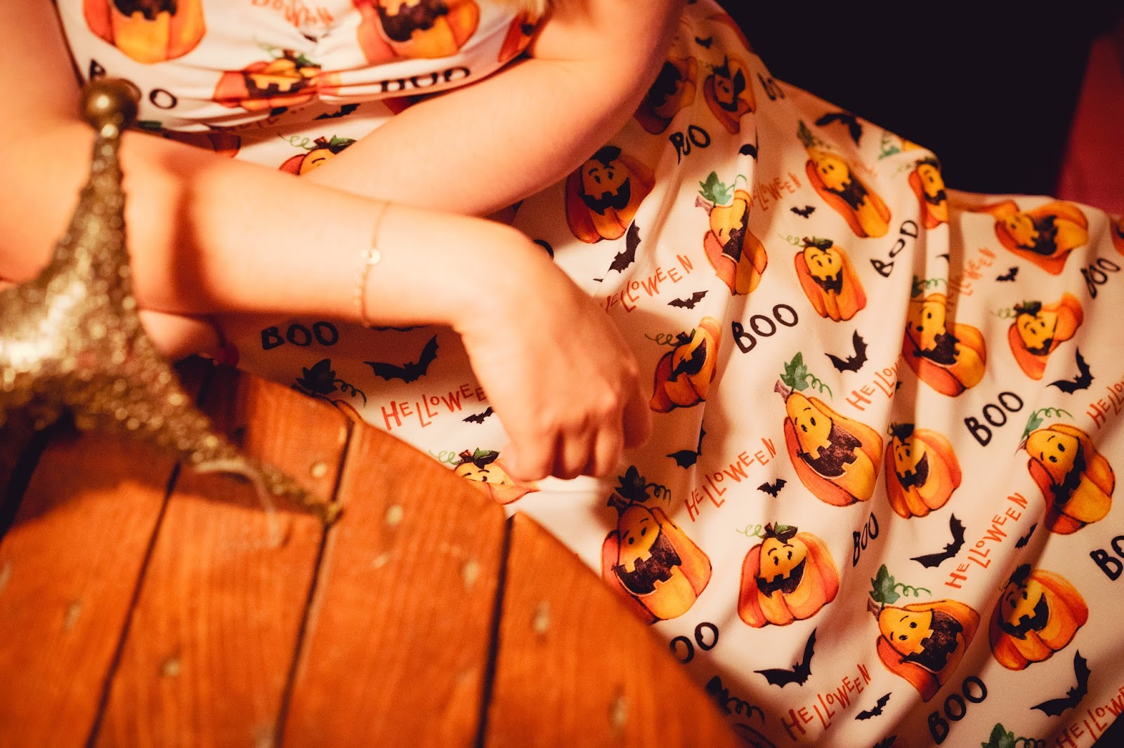 11 dresslilly Halter Pumpkin Print Vintage Dress halloween pumpkins surindustrialle melodlaniella look of the day cosplay style fashion moda na halloween w co sie przebrac kawiarnie w lodzi sukienka