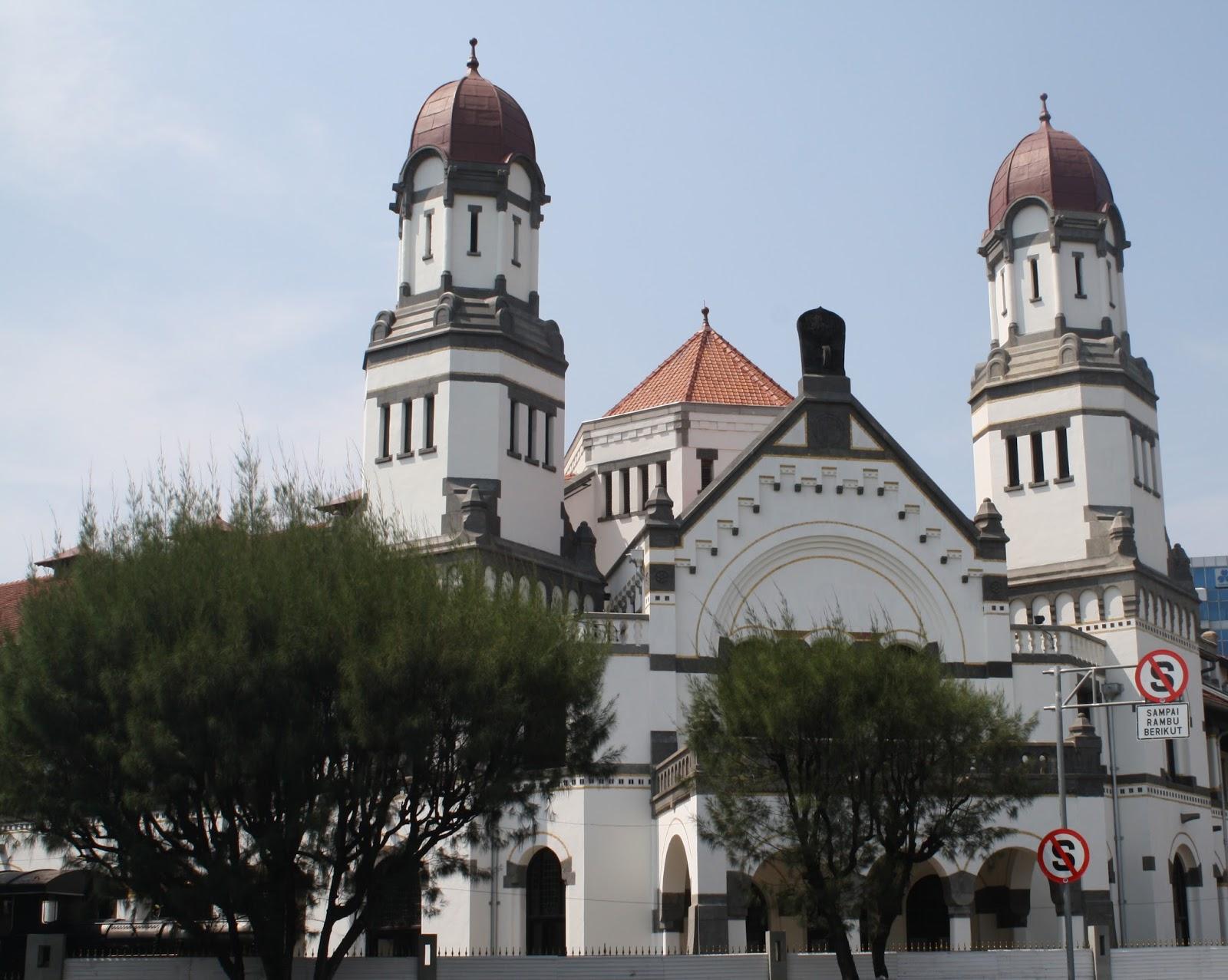 Gedung Lawang Sewu. Saksi Sejarah dua penjajah di Indonesia. Jepang dan Belada.