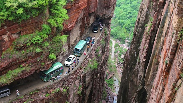 Most dangerous roads - Try watching this video on Ideas in Action