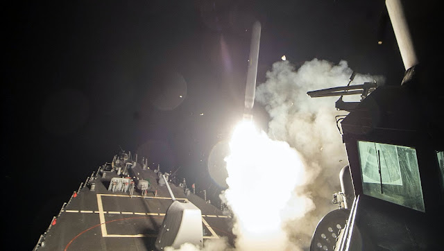 Πόσο αλλάζει τα δεδομένα η πολεμική εμπλοκή των ΗΠΑ στη Συρία;