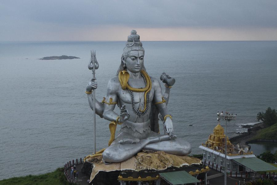 Murudeshwar Lord Shiva statue in Karnataka